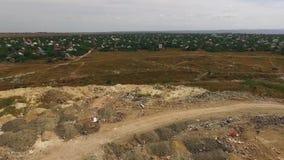 Enorm stads- förlorad förrådsplats på förort i Ukraina lager videofilmer