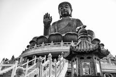 Enorm Tian Tan Buddha Big Buddha in zwart-witte kleur in Hong Kong royalty-vrije stock afbeelding