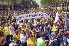 Enorme Demonstration im April 2018 in Barcelona Lizenzfreies Stockfoto