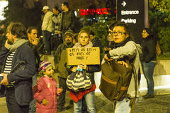 Enorme Korruptionsbekämpfungs- Proteste in Bukarest stockfotografie
