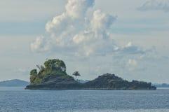 Enorme Panoramalandschaft Raja Ampat Papua Indonesias lizenzfreie stockbilder