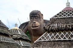 Enormer Beton geschnitzte King- Kongaffestatue Stockfotografie
