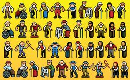 Enormer Satz Avataras der alten Leute - Pixelkunst überlagert Vektorillustration Stockfotos