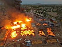 Enormes Feuer Lizenzfreies Stockfoto