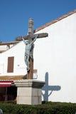 Enormes Kruzifix in einem Marktplatz lizenzfreies stockfoto