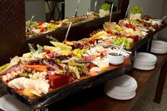 Enormes Nahrungsmittelbuffet Stockbild