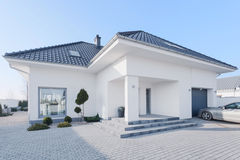 Enormous modern villa Royalty Free Stock Images