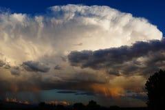 Enormt stormmoln royaltyfri foto
