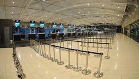 Enregistrement dans l'aéroport de Larnaca - Chypre Images stock
