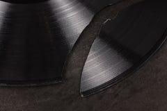Enregistrement de vinyle cassé photo stock