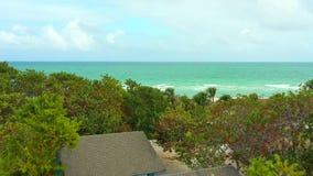 Enregistrement vidéo aérien de scène de plage de Miami banque de vidéos