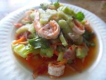 Ensalada amarga del melón con los camarones Imagen de archivo libre de regalías