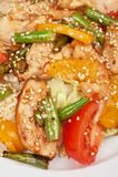 Ensalada caliente con el pollo Imagenes de archivo
