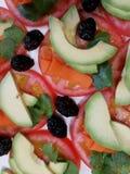 Ensalada con los diversos tipos de verduras Imagenes de archivo
