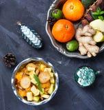 Ensalada de fruta de la Navidad fotos de archivo libres de regalías