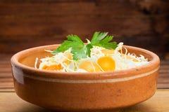 Ensalada de la dieta de la col y de las zanahorias Imágenes de archivo libres de regalías