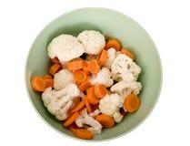 Ensalada de la zanahoria y de la coliflor fotos de archivo libres de regalías