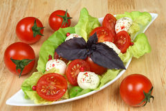 Ensalada de los tomates de cereza Fotos de archivo