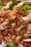 Ensalada de pollo caliente Fotos de archivo