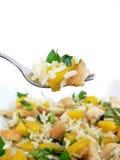Ensalada de pollo en fork Fotografía de archivo libre de regalías