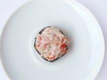 Ensalada del palillo del cangrejo del rollo de sushi Fotos de archivo