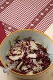 Ensalada del Radicchio, nueces, peras y parmesano formado escamas Fotografía de archivo libre de regalías