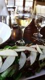 Ensalada del vino blanco y de la pera Foto de archivo