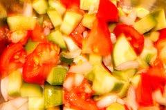 Ensalada mezclada fresca de las verduras desenfocado Imagen de archivo