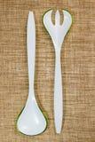 Ensalada plástica de la bifurcación y de la cuchara Imagen de archivo libre de regalías