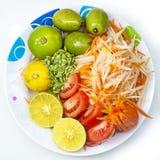 Ensalada tailandesa Somtum, ingrediente de la papaya del estilo imagen de archivo libre de regalías