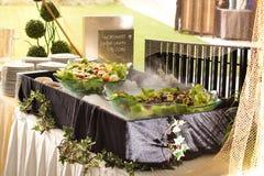Ensalada vegetal en una comida fría Foto de archivo