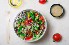 Ensalada vegetariana sana, comida deliciosa del vegano Fotos de archivo