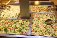 Ensaladas - comida fría del sueco Imagen de archivo libre de regalías