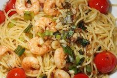 Ensaladilla del aglio de los espaguetis Fotos de archivo