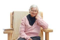 Ensam äldre kvinna Arkivbilder