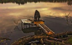 ensam fiskare Arkivbilder