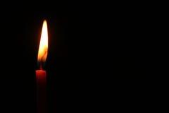 ensam flamma Arkivbilder