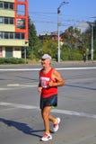 Ensam gammal långdistans- löpare Royaltyfri Fotografi