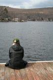 ensam kvinna royaltyfri fotografi