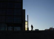 ensam man för affär Arkivbild
