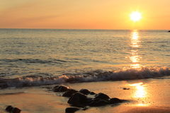 Ensam solnedgång Arkivfoto