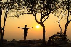 ensam solnedgång Arkivbild