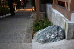 ensam sten Fotografering för Bildbyråer