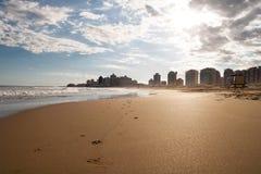 Ensam strand, Punta Del Este Uruguay Arkivbilder