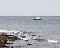 ensamt fartyg Royaltyfri Foto