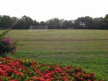 Ensamt fotbollfält i ferie, Hadyai, Songkhla, Thailand Arkivbild