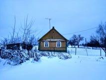 ensamt hus Arkivfoto