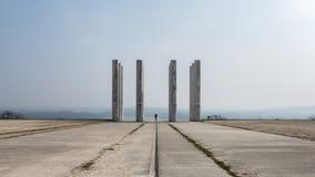 Ensamt mellan tolv kolonner Royaltyfri Fotografi