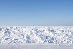 Ensamt vinterlandskap Arkivfoto