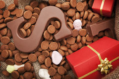Ensaque com deleites, para o feriado holandês Sinterklaas Fotos de Stock